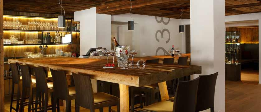 Hotel Col Alto, Corvara, Italy - bar.jpeg
